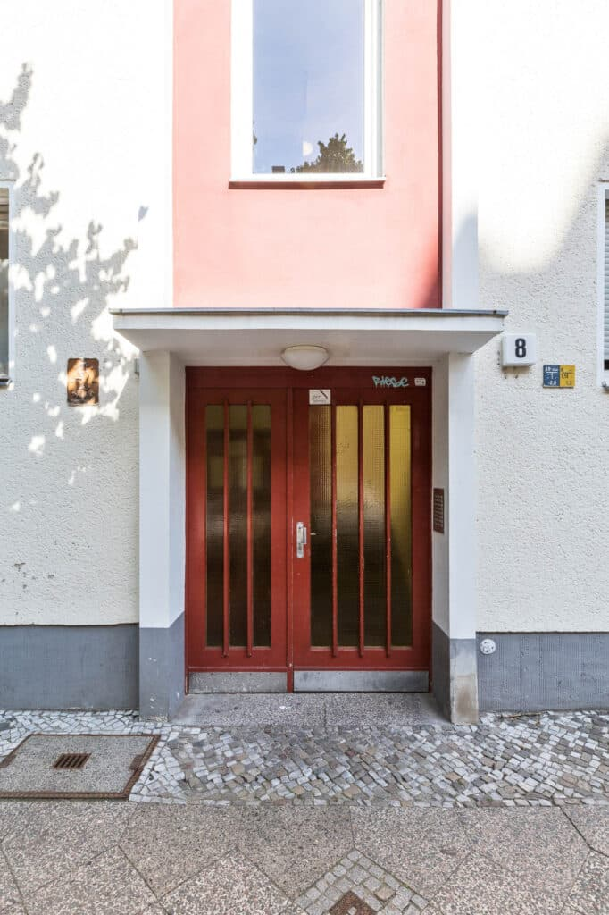2007 05 Graf Haeseler Straße 8 12